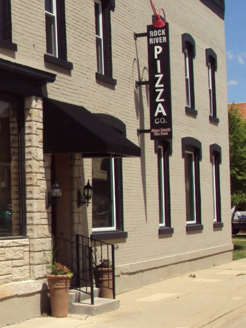 Rock River Pizza Co. - Exterior